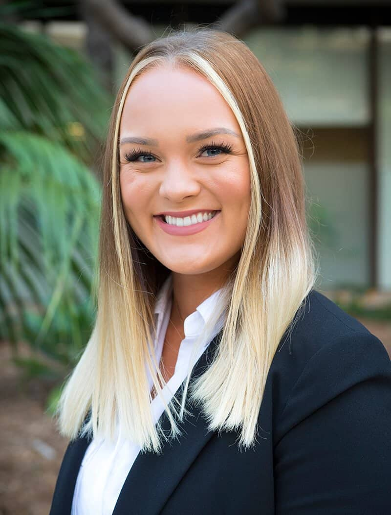 Nicole Wagenseller - Financial Advisor